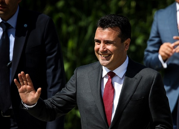 Βόρεια Μακεδονία : Παραιτήθηκε ο Ζόραν Ζάεφ