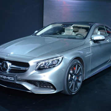 Mercedes: Το «ιερό» αυτοκίνητο που προτιμούν οι αρχιερείς