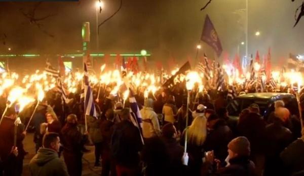 Αγανακτισμένοι φασίστες