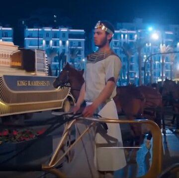 Αίγυπτος: Εξαιρετική παρέλαση 22 Φαραώ. (video)
